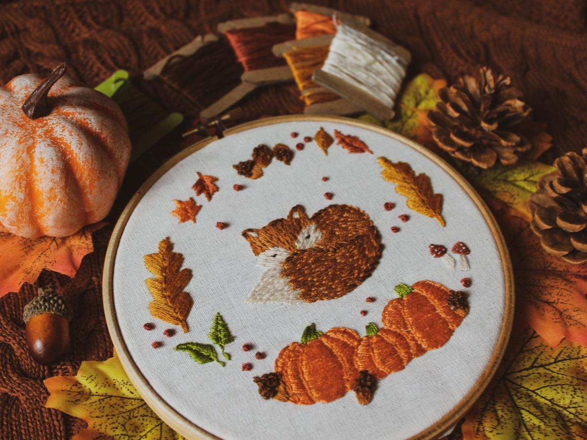 fox autumn embroidery